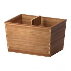 صندوق مع يد من  الخيزران