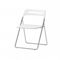 كرسي قابل للطي لون أبيض شديد اللمعان, مطلي بالكروم