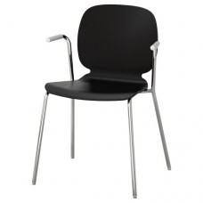كرسي مع مسندين للذراعين لون أسود- مطلي بالكروم