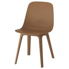 كرسي لون بني