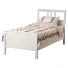 سرير خشب مفرد
