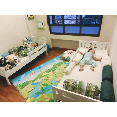 غرفة اطفال سريرن + خزانة + فرشتين حرباوي