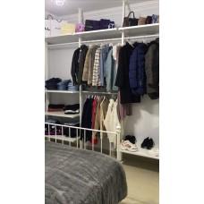 غرفة الأميرات مع خزانة ملابس مفتوحة Walk in Closet Style